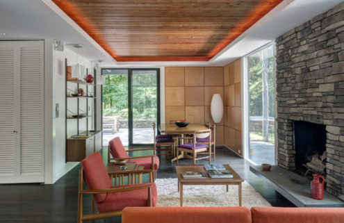 Modernist gem by John Black Lee & Harrison DeSilver lists in Connecticut