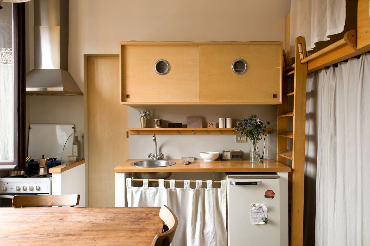Andrea Wyner's micro home in Milan
