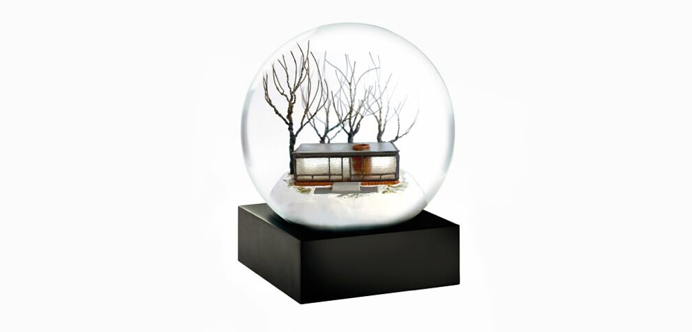 The Spaces Xmas giftguide - Glass House snow globe