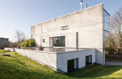 Brutalist villa by Peter Tachelet hits the market near Brussels
