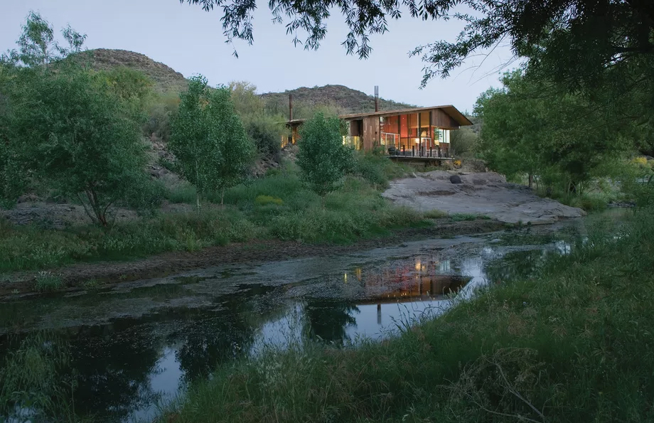 Pond House for sale in Arizona