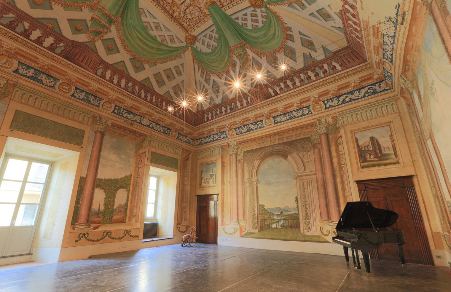 Italian property with a dance floor