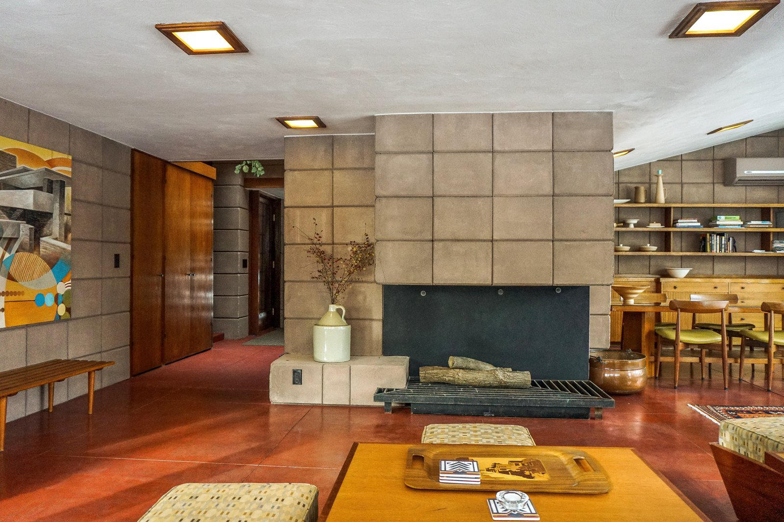 Frank Lloyd Wright's Eppstein House in Michigan is available to rent