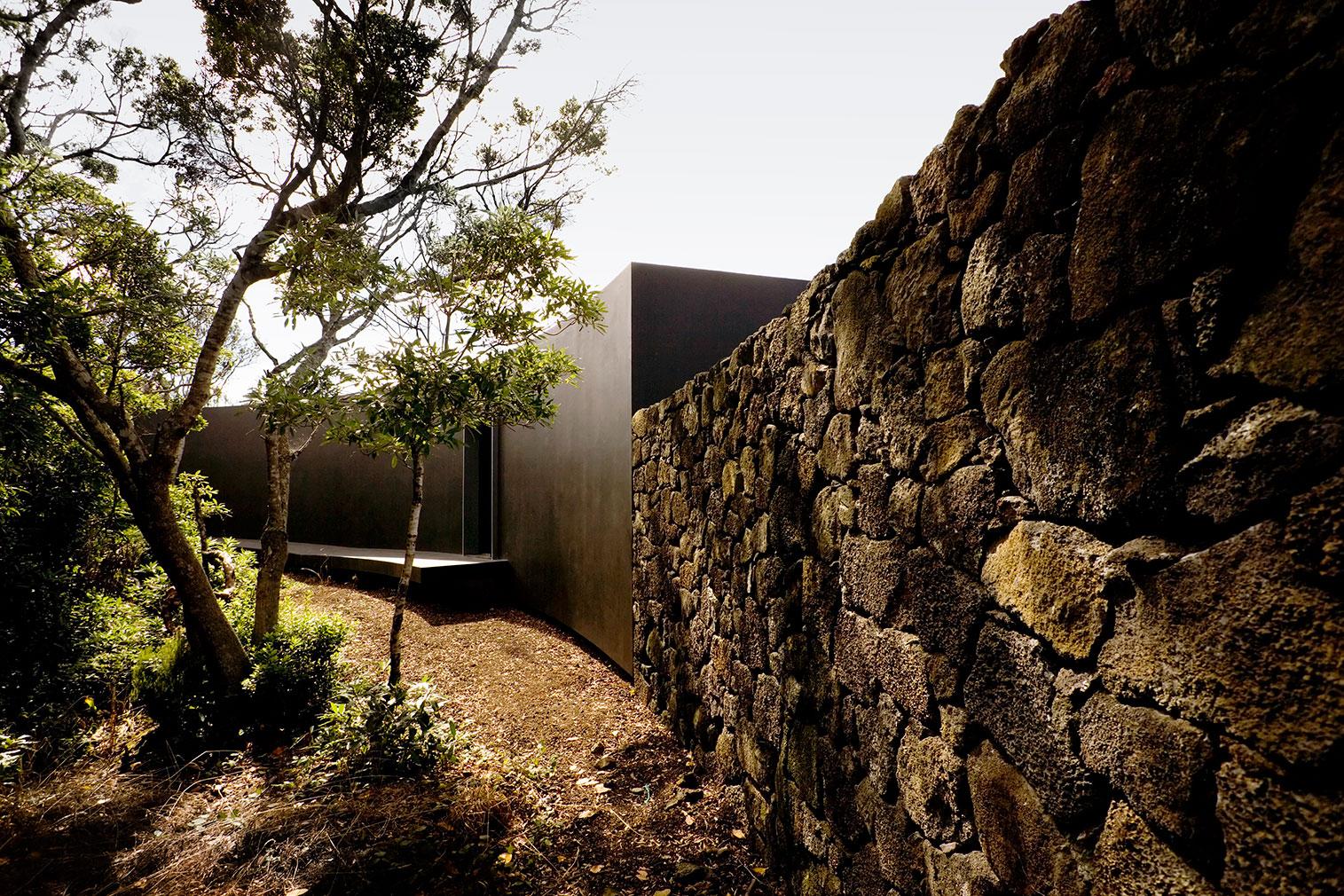The Gruta das Torres visitor centre, designed by Sami Arquitectos