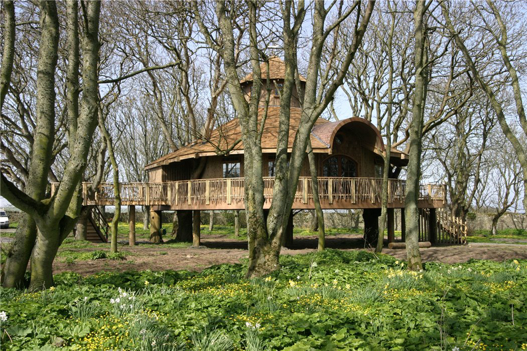 Picture of: Scottish Castle With Europe S Largest Tree House Hits The Market For 3 9m