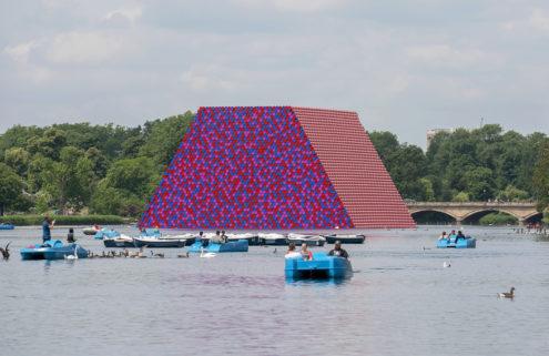 Christo floats a 600-tonne barrel sculpture on London's Serpentine