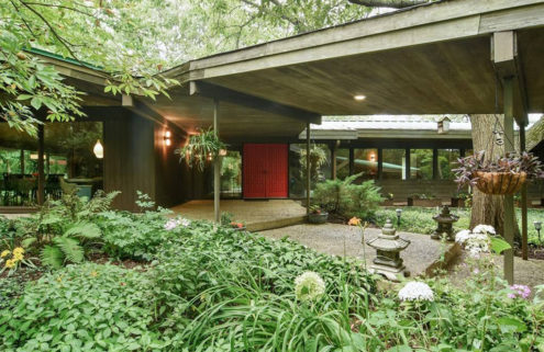 Time-capsule midcentury ranch home near Chicago lists for $770k