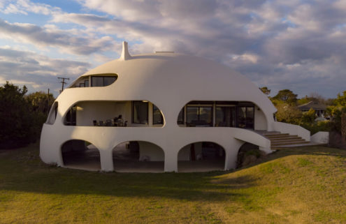 'Hurricane proof' dome home hits the market near Charleston
