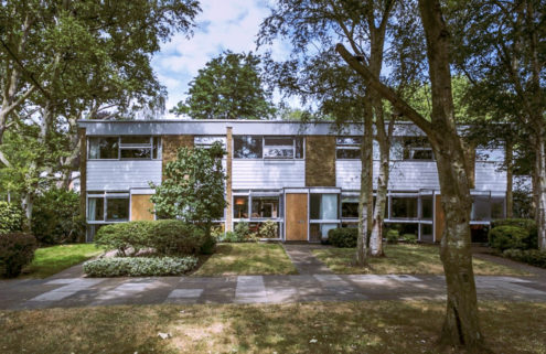3 midcentury modern homes for sale in London