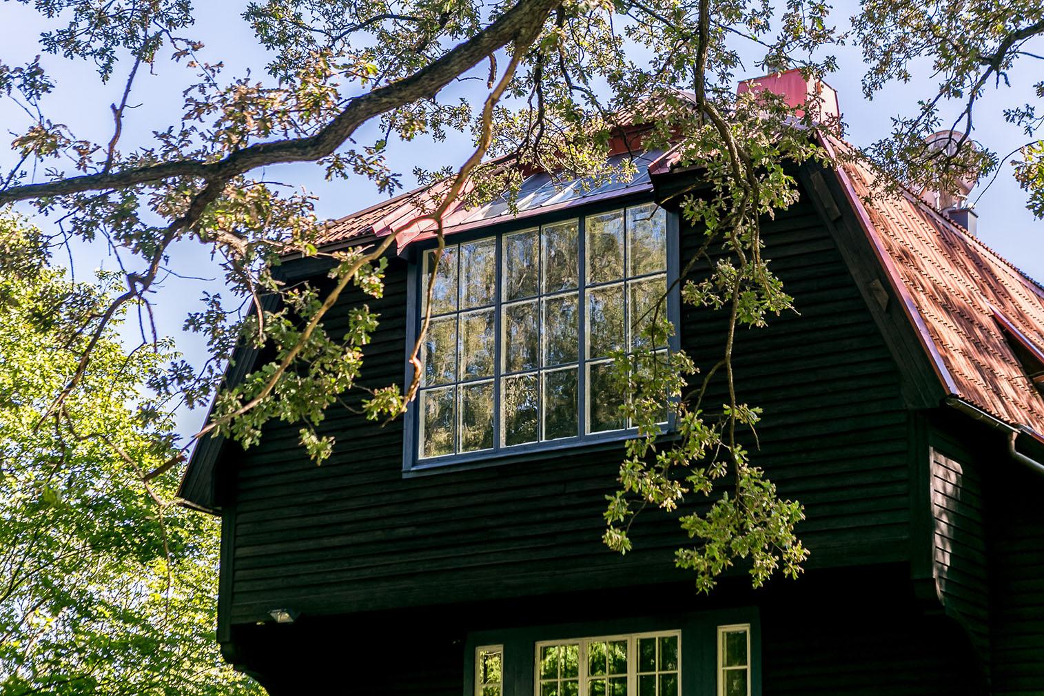 Stockholm artist's home property for sale