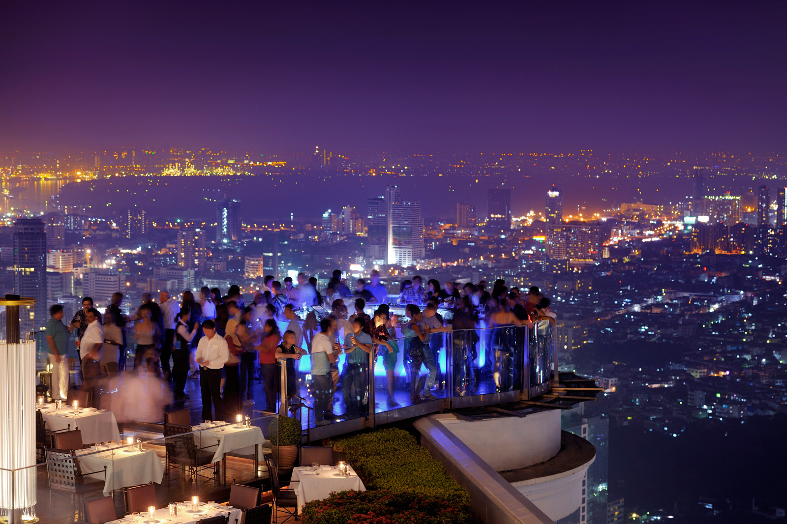 Sky bar - the world's highest open air bar and restaurant