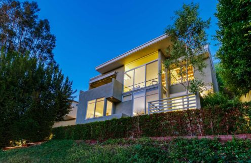 Modernist house by Rudolph Schindler in the Hollywood Hills lists for $1.9m