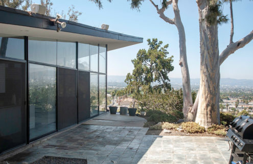 A 1958 midcentury classic by Ray Kappe lists for $2.2m