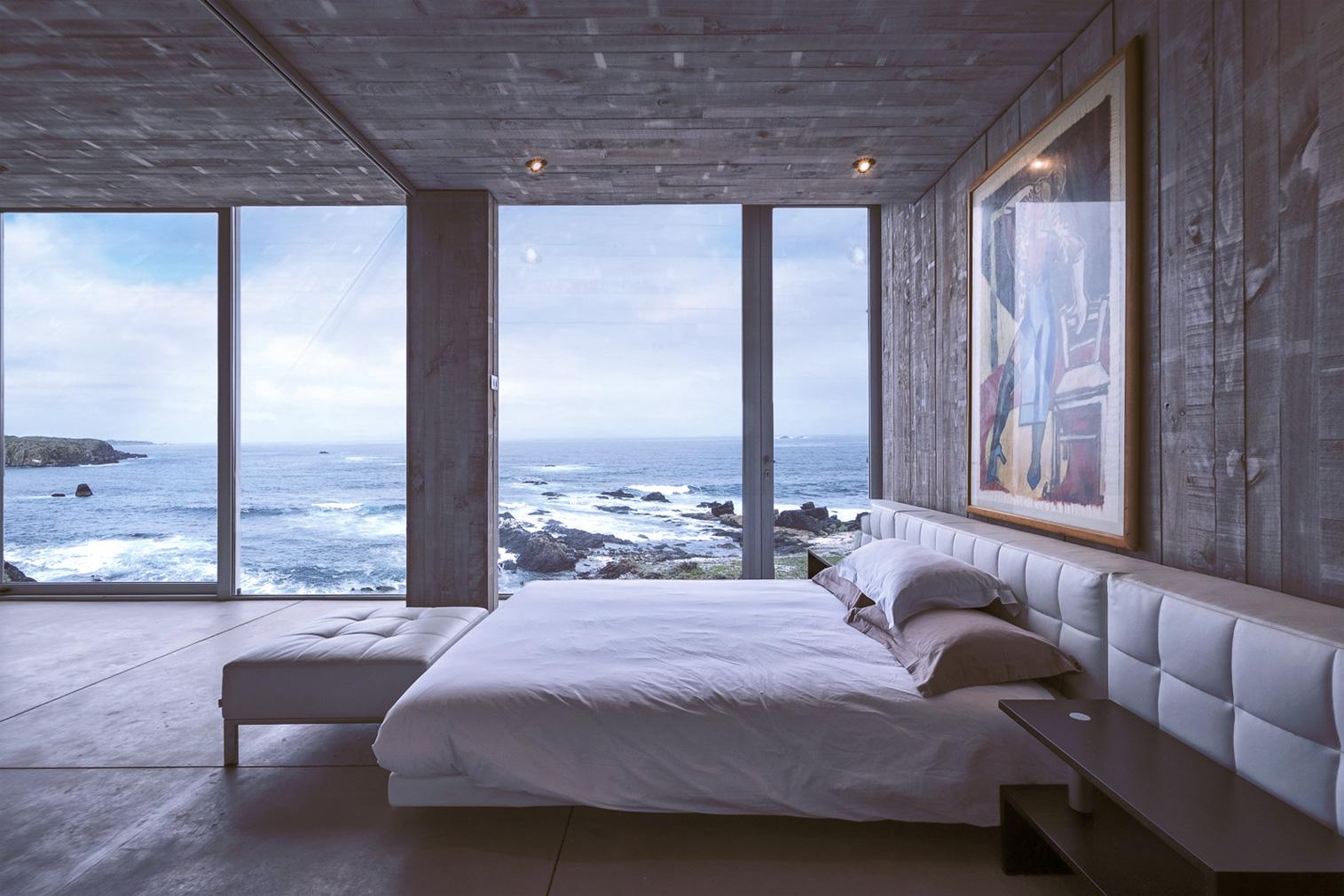 Property of the week: a 'primitive' Chilean holiday home by Pritzker Prize-winner Alejandro Aravena