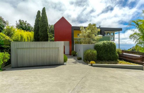 Property of the week: a colourful Hawaiian retreat by Memphis-founder Ettore Sottsass