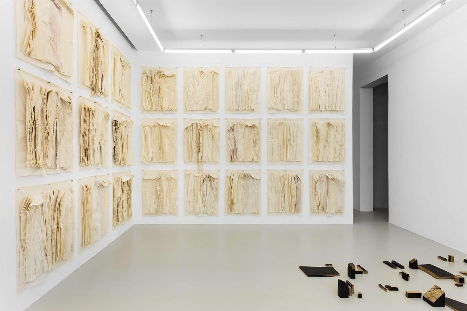 Uma Lulik gallery in Lisbon