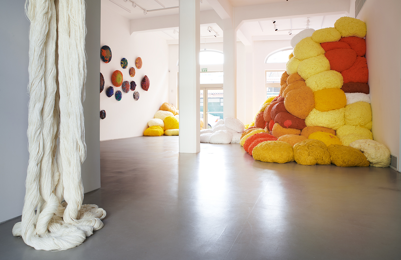 Installation view, Sheila Hicks,Migdalor, courtesy of Magasin III Jaffa. Photography: Noam Preisman