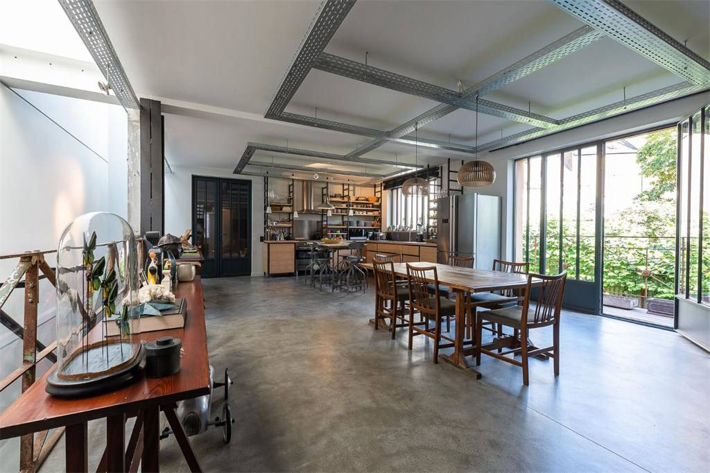 Brussels warehouse home with private gallery lists for €1.68m