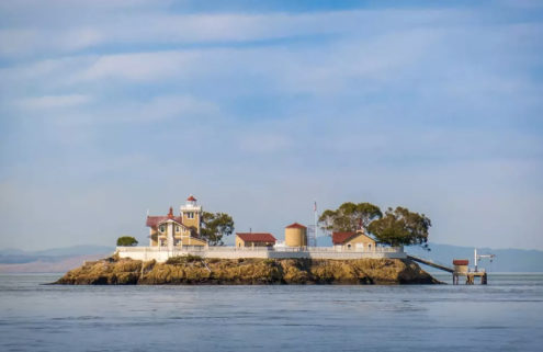 Get paid $130,000 to run this island off San Francisco