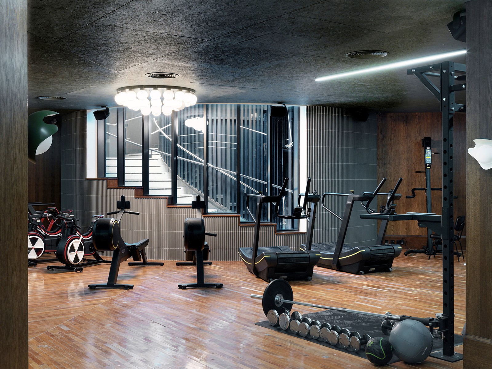 Healthy Homes 7 Properties With Spas Pools And Gyms