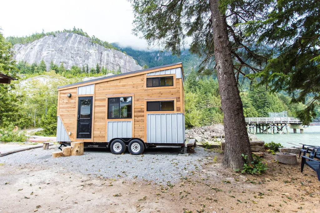 Squamish tiny home for rent in British Columbia, Canada