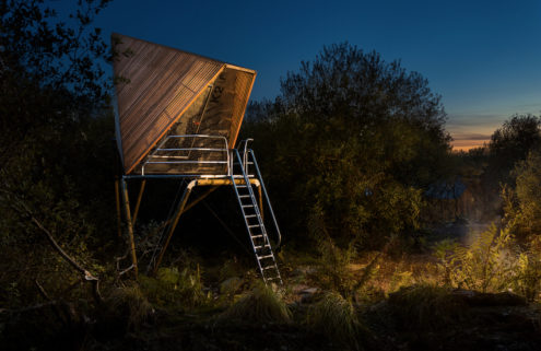 Experimental Kudhva cabins take up residence in Cornish quarry