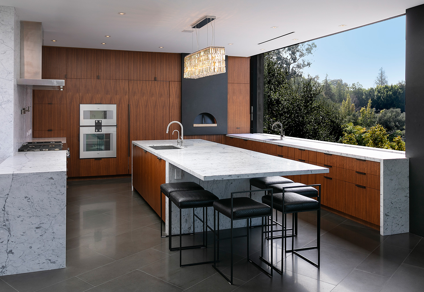 Explore an award-winning 'upside down' canyon home in Beverly Hills