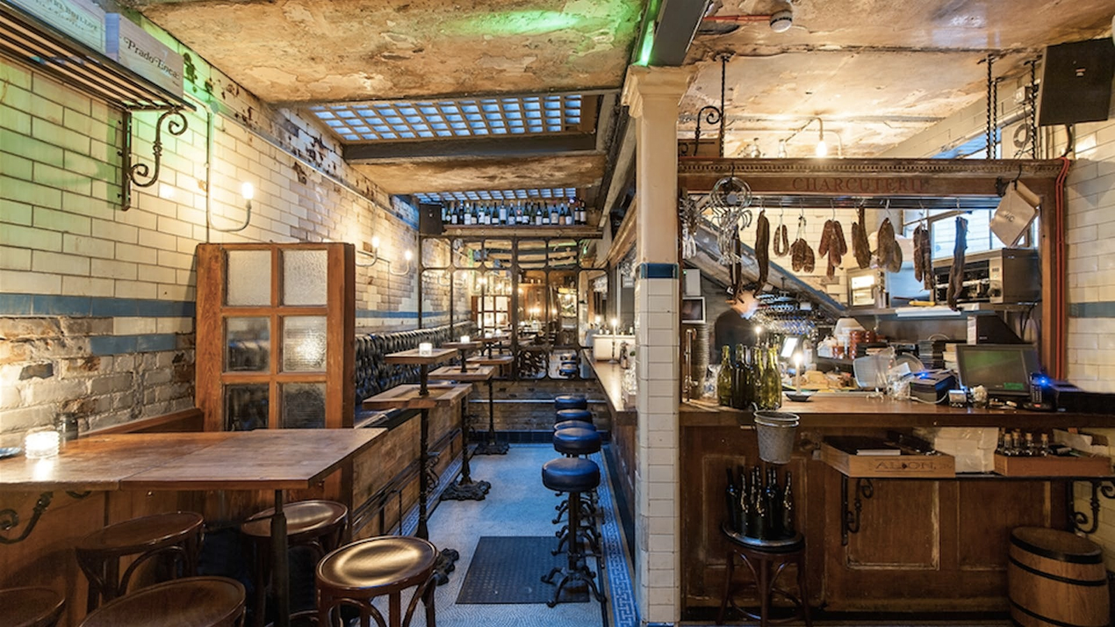 WC Clapham – a London restaurant in a former public lavatory