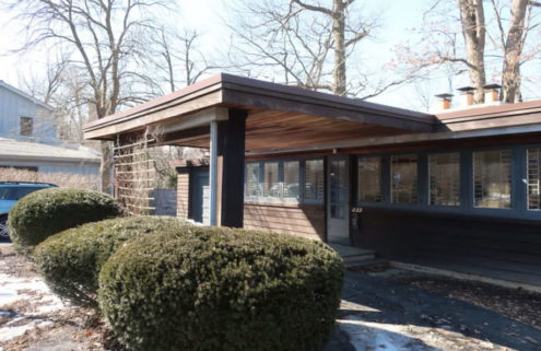 Is Frank Lloyd Wright's Booth Cottage set for demolition?