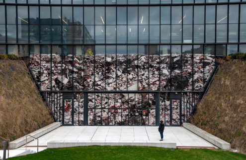 Optical illusion sees a Toronto building turned into a back-filled rubble heap