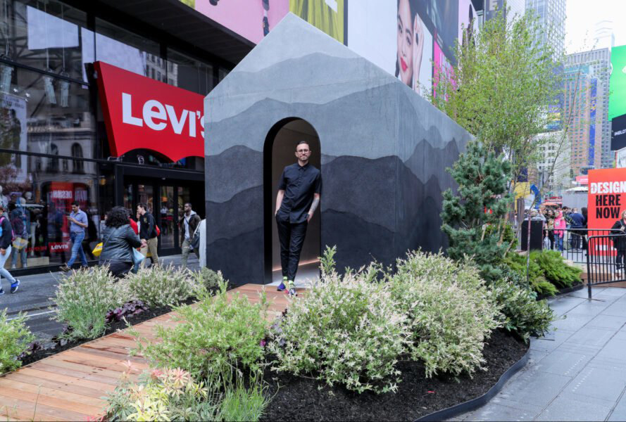 Brooklyn artist Fernando Mastrangelo has installed a tiny home at Times Square