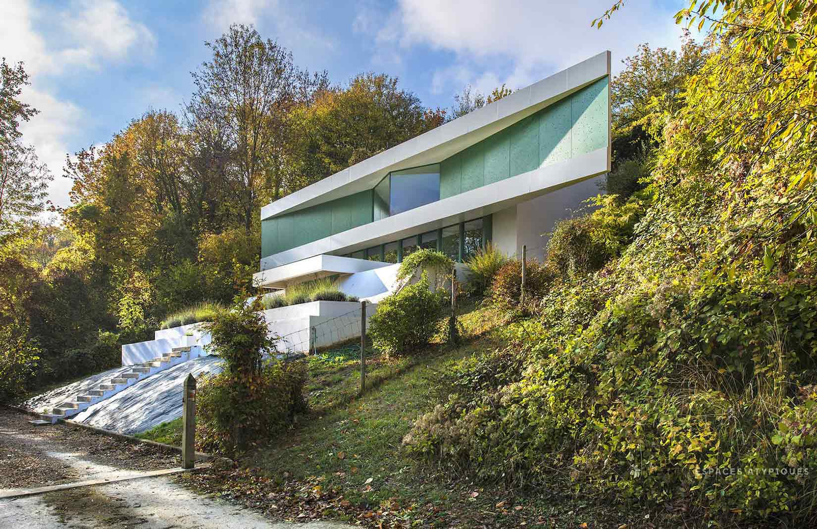 A Futuristic House Built On The Seine Is For Sale The Spaces