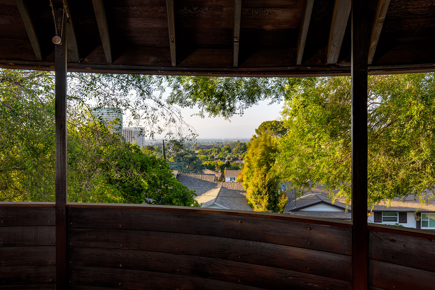 Circular 1950s Louse Foster House by John Lautner hits the market for the first time