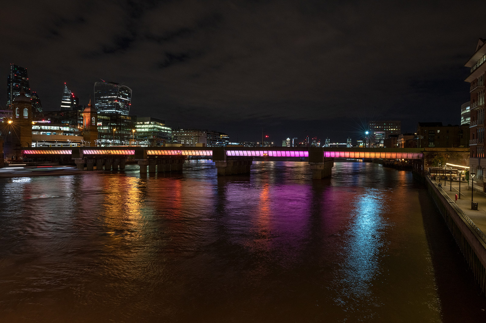 Cannon Street Bridge. Photography: James Newton