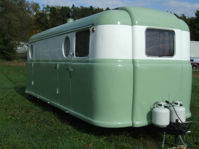 A restored version of the 1948 Palace Royale trailer. Via Mobile Home Living