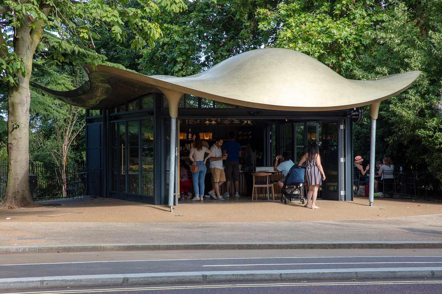 A new 'floating' pavilion has opened in Hyde Park in the form of a skeletal cafe by Mizzi Studio.