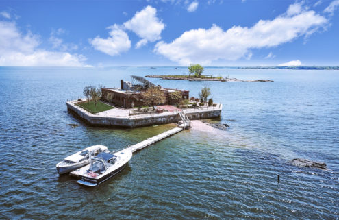 5 private islands for sale right now