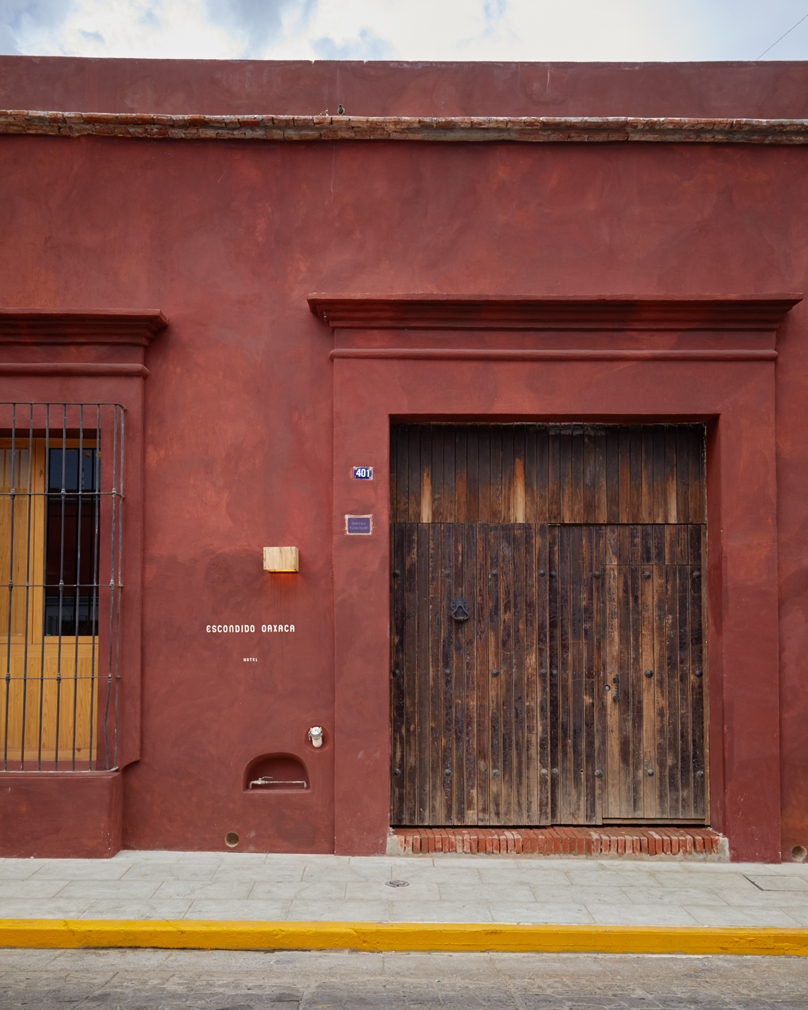 Grupa Habita's Escondido Oaxaca takes over a historic building in the coastal town
