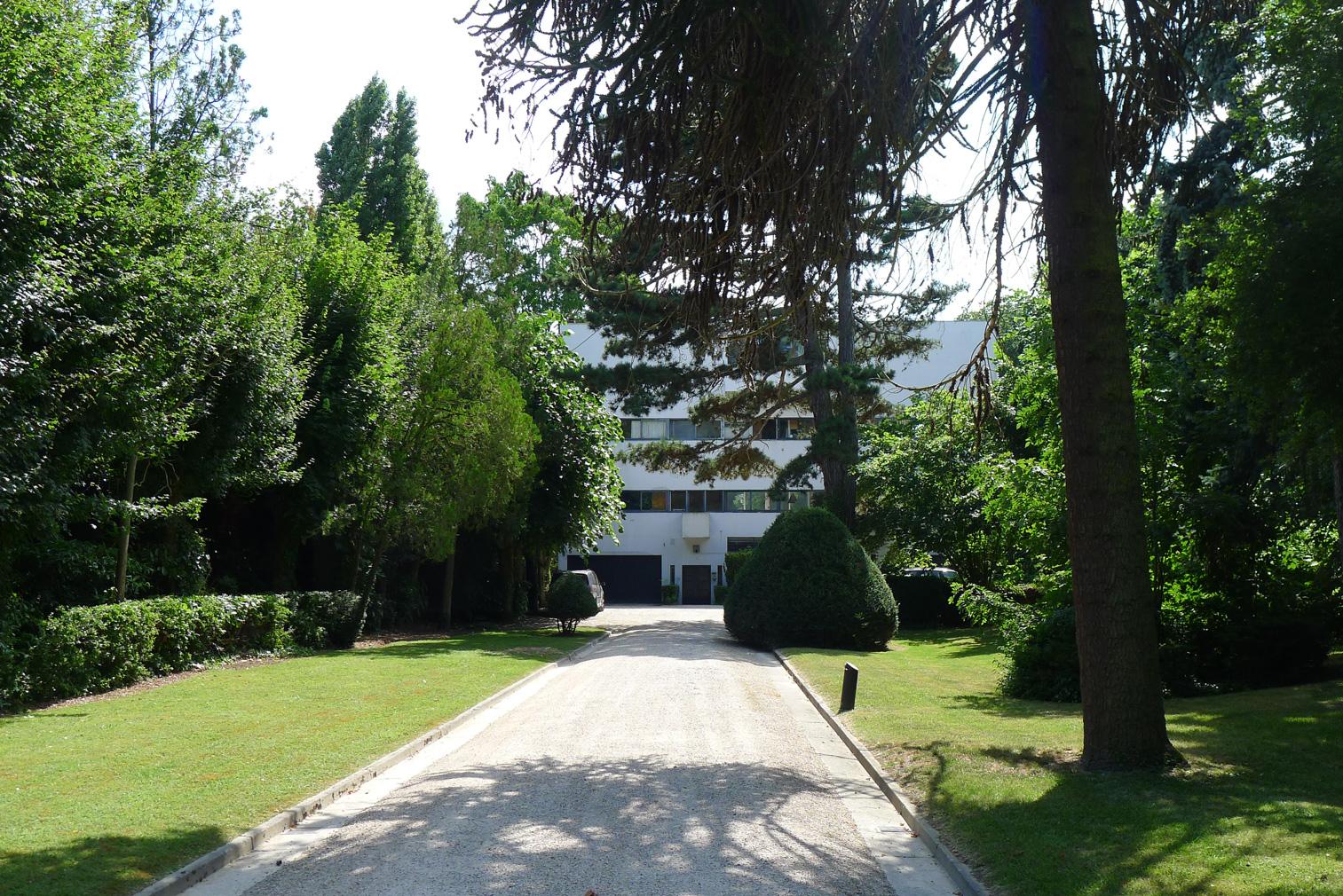 n apartment inside Villa Stein-de-Monzie, aka Les Terraces, is now for sale at €1.2m.