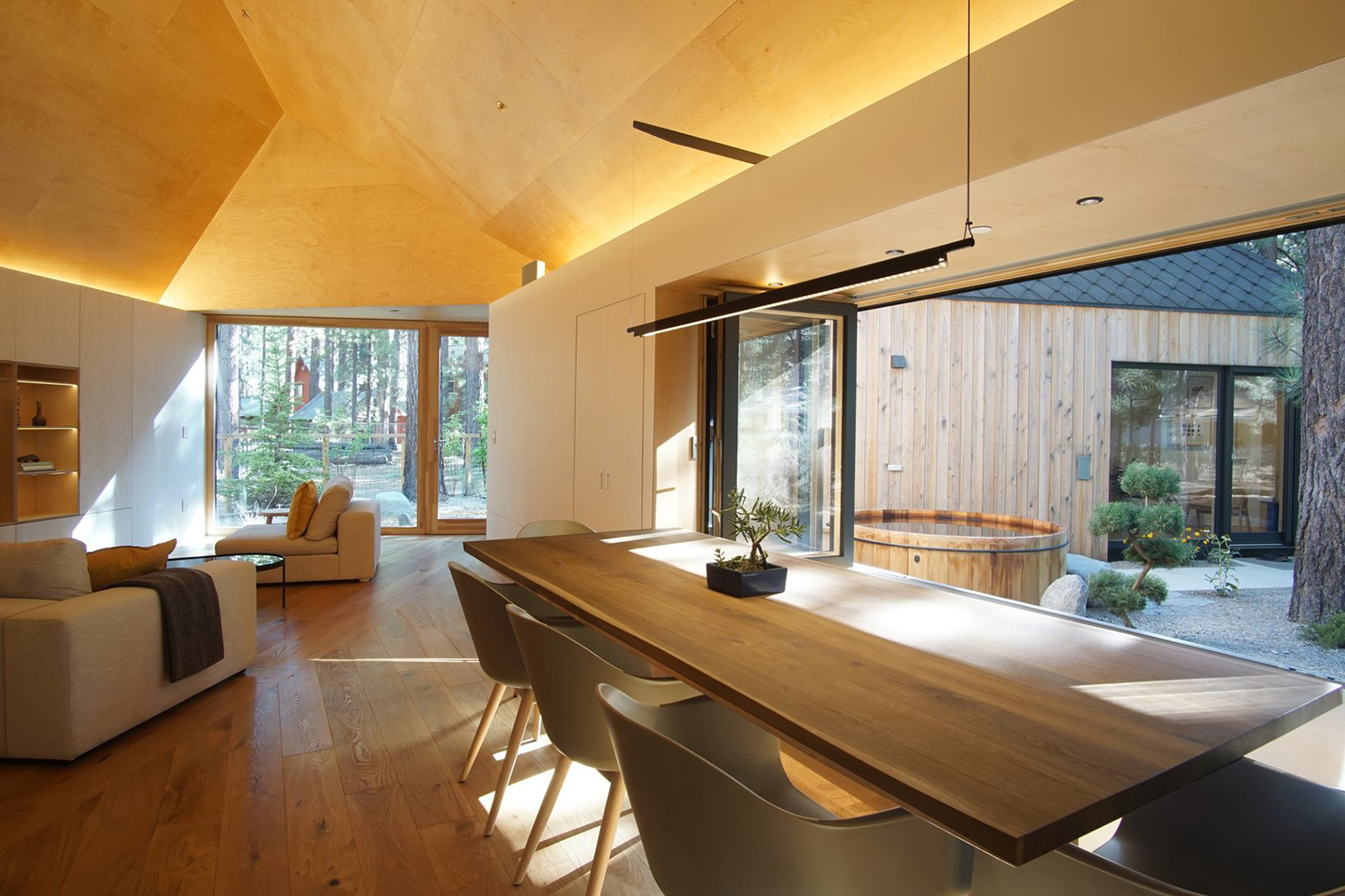Urban cabin Lighthus is all about the angles in California's South Lake Tahoe