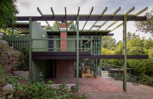 An early Pasadena post-and-beam by Case Study architects Buff, Straub & Hensman is for sale