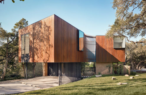 A slinky 'accordion' home hits the market in Austin by Alterstudio