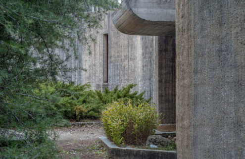 Go inside this brutalist beauty in the French countryside