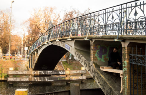 This micro 'refuge' is tucked beneath a Berlin bridge