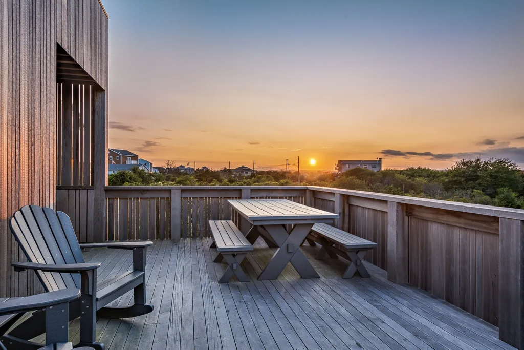 An 'upside down' timber beach house is a waterfront idyll in Rhode Island