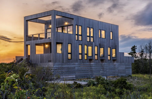 An 'upside down' beach house is a waterfront idyll in Rhode Island