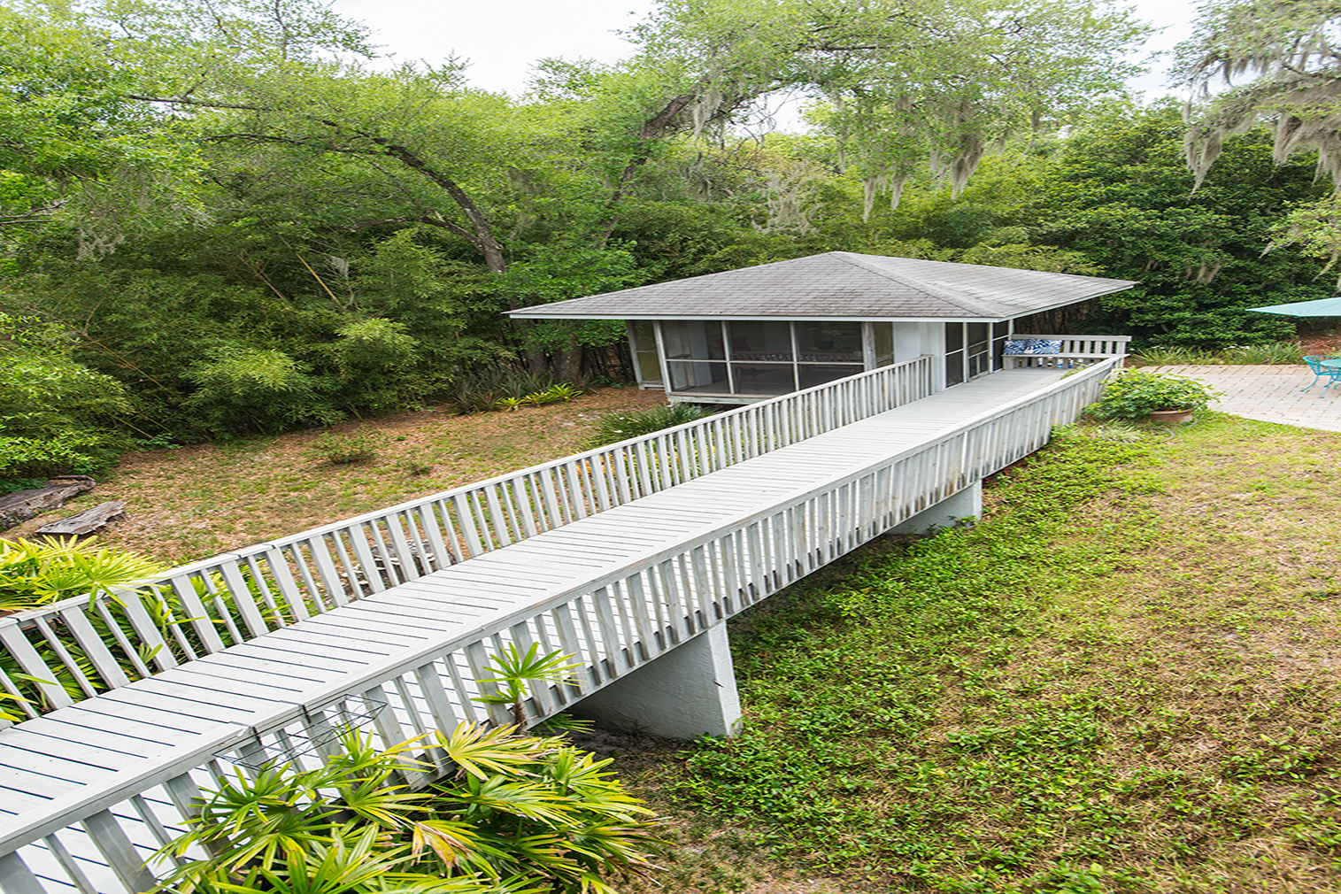 Orlando home lists for $ 865,000, inspired by Frank Lloyd Wright