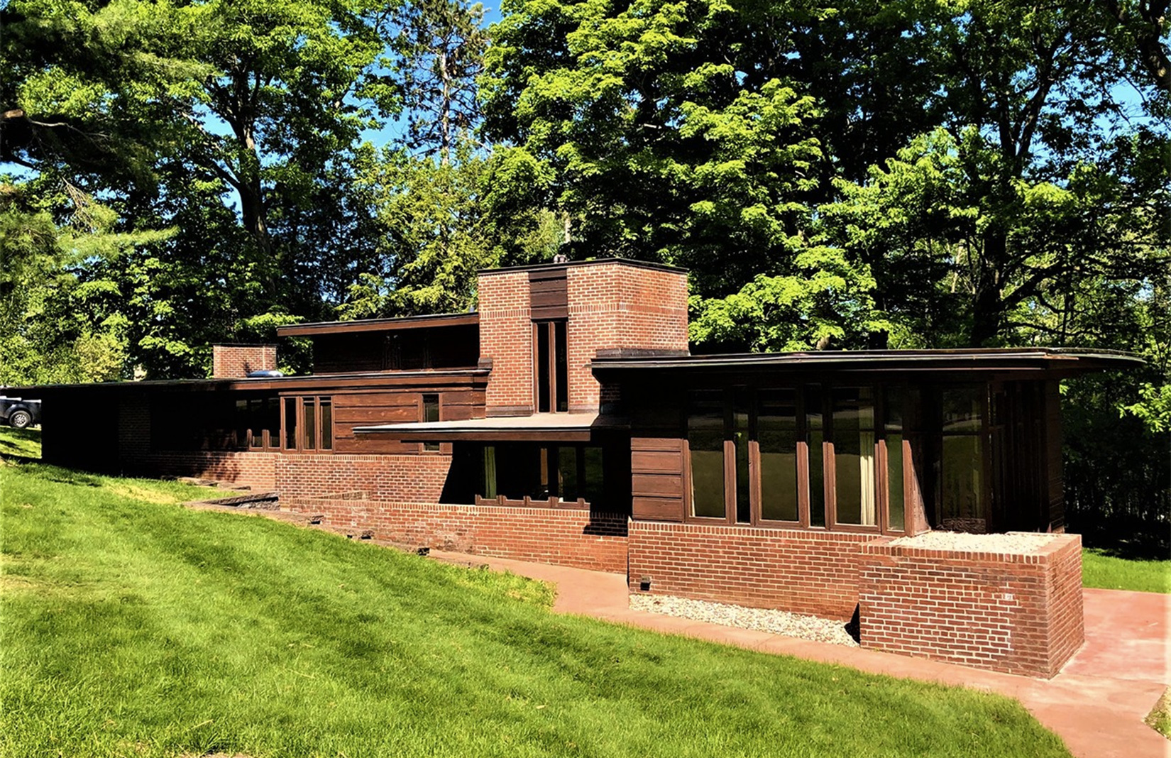 Charles Manson House by Frank Lloyd Wright for sale in Wisconsin