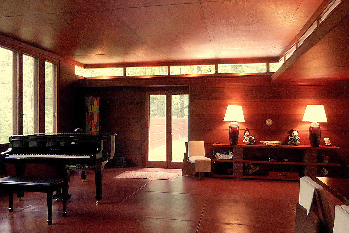 Frank Lloyd Wright's Goetsch-Winckler House in Okemos, Michigan lists for $479,000 directly