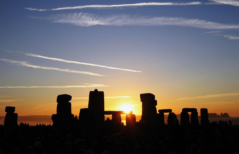 Sunrise at Stonehenge in Wiltshire 21-06-2005